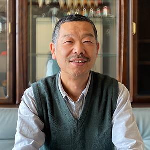 アパレルメーカー 安藤(株)代表